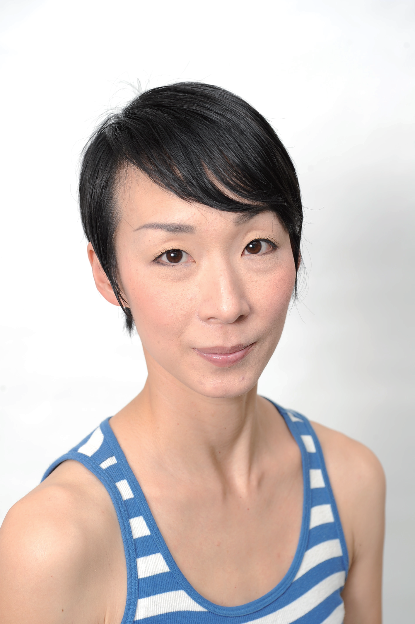 Akino Aoyama